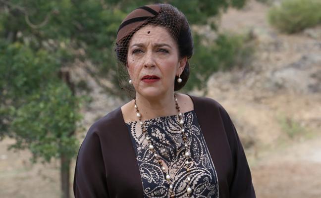 Venancia le confiesa a Candela que se está muriendo