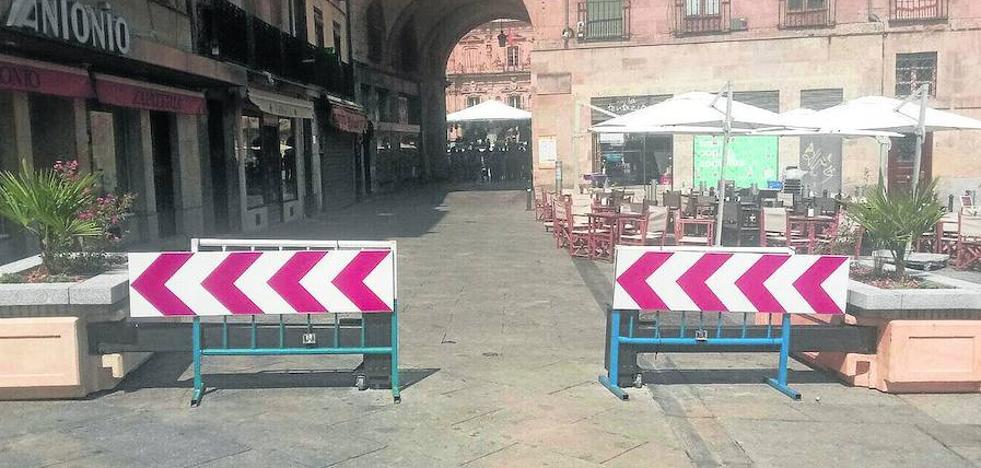 La seguridad de la Plaza se refuerza con una viga de acero plegable