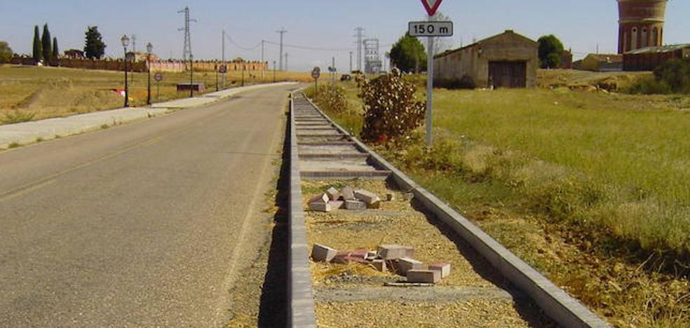 La Junta mejorará la carretera de Frechilla a Becerril