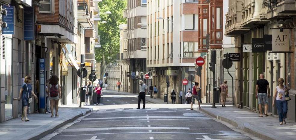 El Ayuntamiento prevé cerrar el centro al tráfico los domingos