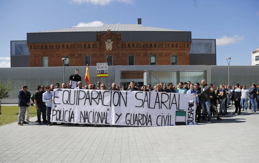Jusapol reivindica en Palencia la equiparación de los sueldos de los cuerpos policiales
