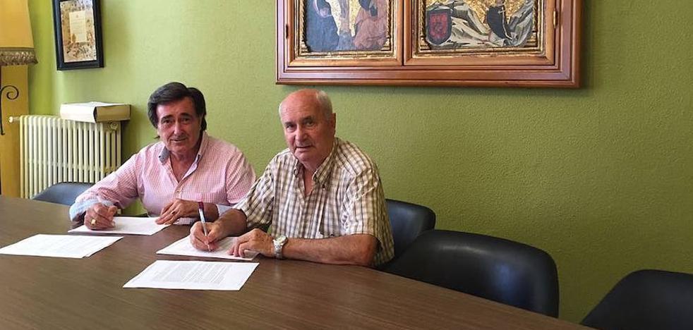 Las comunidades de vecinos renuevan el suministro con la planta de biomasa