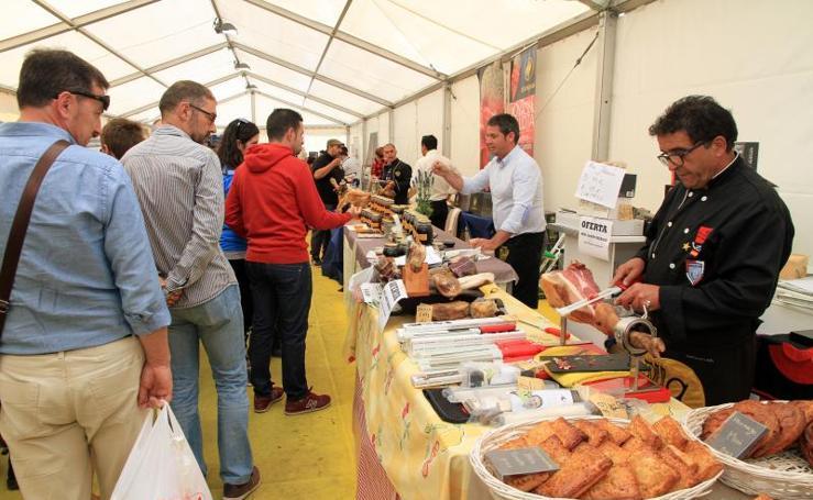 V Feria del Jamón de Castilla y León en Segovia
