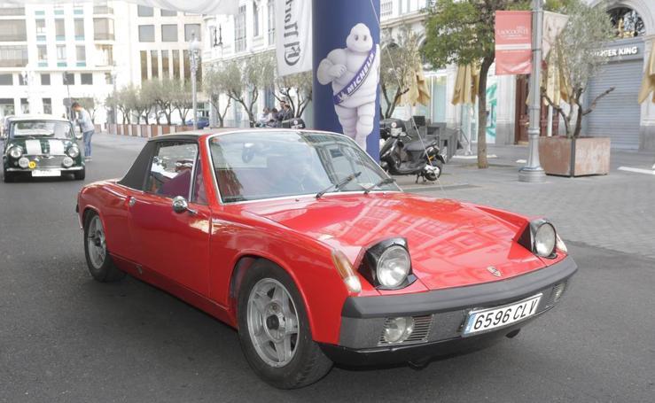 Más de 300 modelos de coches clásicos