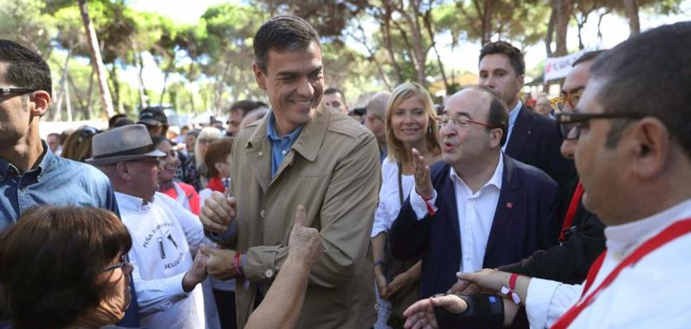 Sánchez apoyará a Rajoy pero le reprocha que no haya dialogado antes