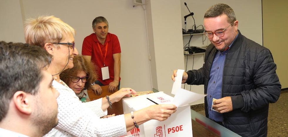 Los socialistas de Palencia eligen por primera vez la Secretaría General con unas primarias