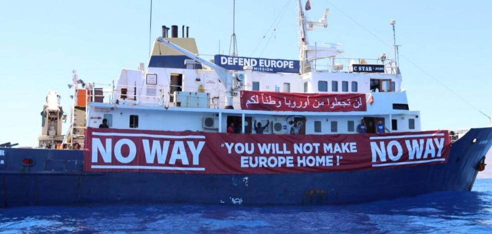 La Generalitat impide atracar en sus puertos al C-Star, el buque xenófobo de Defend Europe
