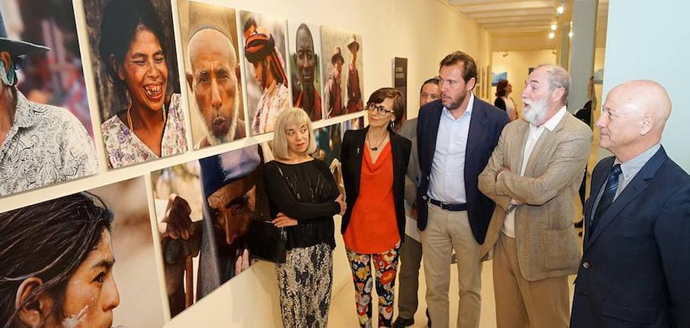 'La diversidad amenazada' conciencia con una colección de 94 fotografías