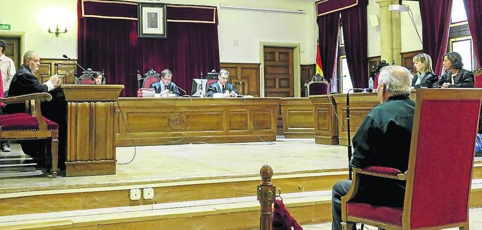 La Fiscalía pide tres años de cárcel para un octogenario acusado de abusos sexuales