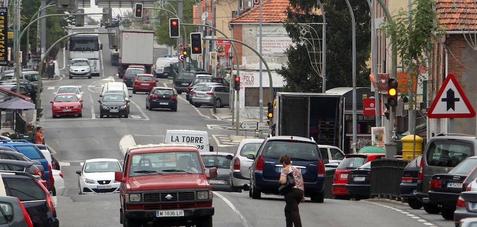 La alcaldesa exige a Fomento el desvío de los camiones de la travesía de San Rafael