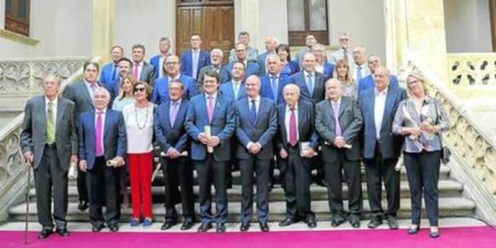 Los presidentes defienden el papel de la Diputación para modernizar la provincia