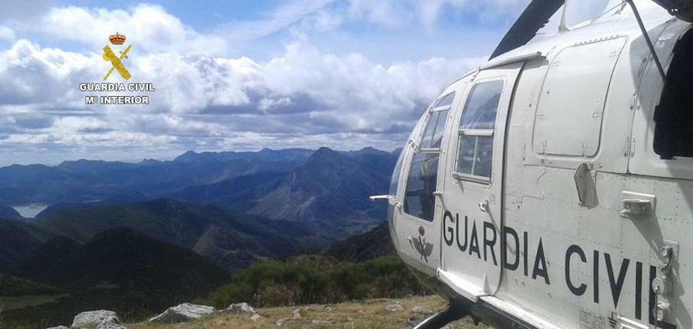La Guardia Civil rescata a un montañero de 29 años en Torre Bermeja en Picos de Europa
