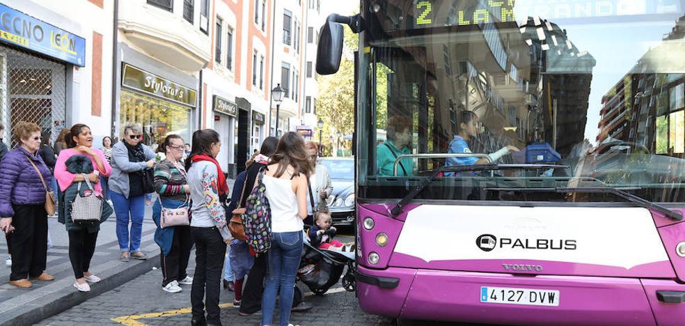 Los autobuses de Palencia se llenan para celebrar el Día Sin Coche