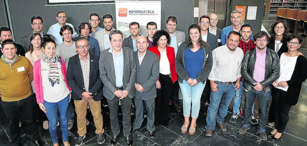 La segunda edición del foro Conectados une a varias empresas del sector tecnológico