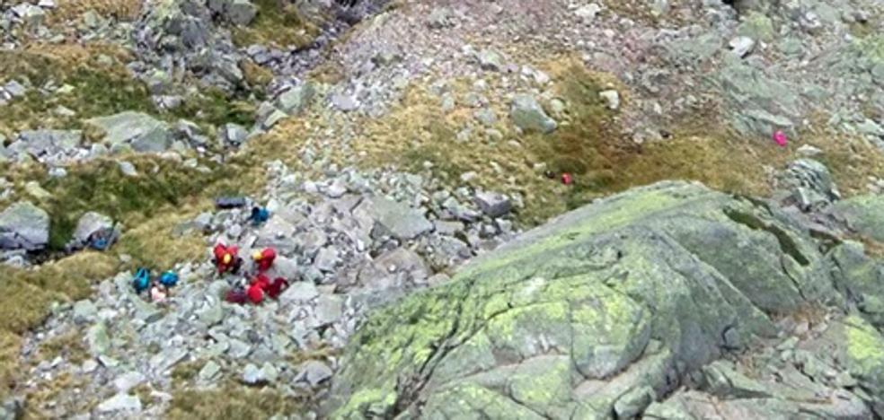 Rescate con helicóptero a un montañero en El Morezón