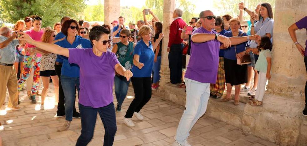 Antigüedad danza en honor a la Virgen de Garón