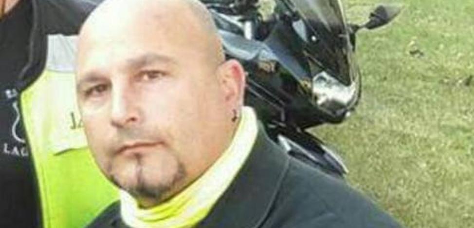 Cerca de 200 motoristas despiden al presidente del motoclub Escuadrón de Laguna