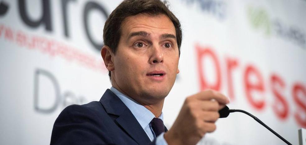 Rivera insiste en que el 1-0 es una «coartada» y que Puigdemont declarará la independencia