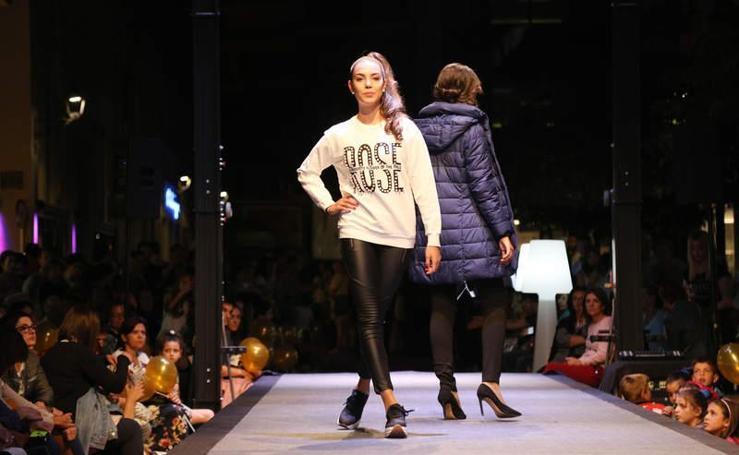 Pasarela de la moda en la calle Becerro de Bengoa de Palencia