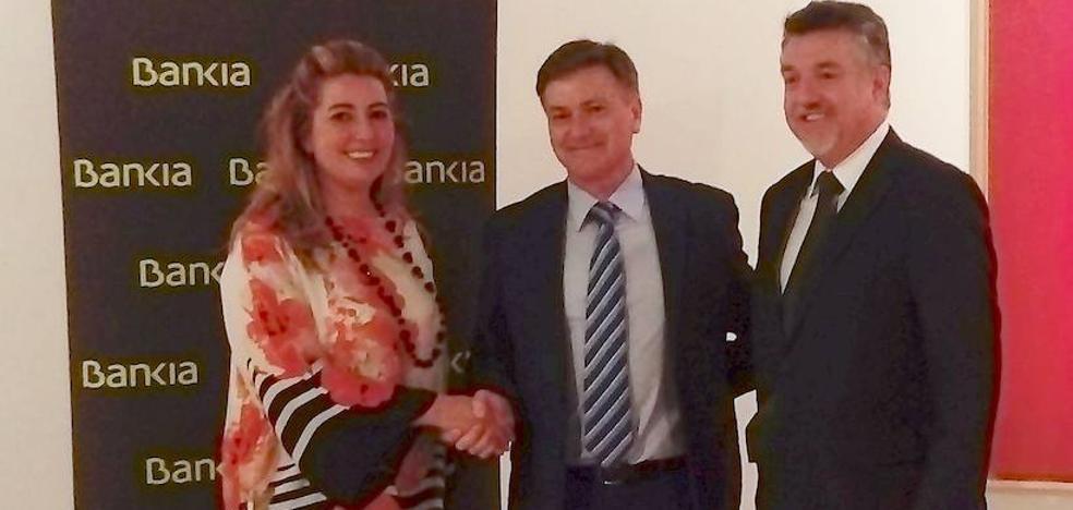 Bankia renueva su patrocinio con el Museo Esteban Vicente