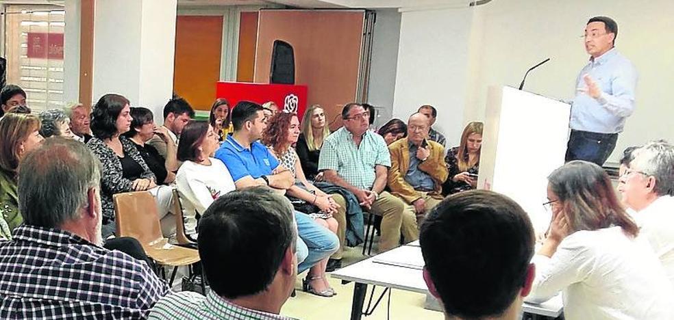 Carmen García se convierte en la cuarta candidata a la Secretaría Provincial del PSOE