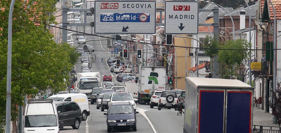 Los empresarios exigen retirar el tráfico pesado de la travesía de San Rafael
