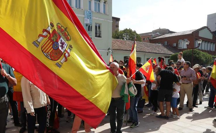 Concentración en Palencia contra el referéndum de Cataluña