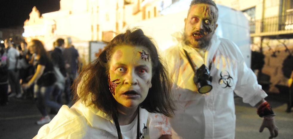 Un millar de 'zombies' invaden Medina