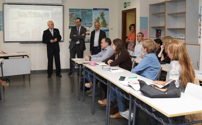 La Escuela de Idiomas y el Conservatorio de Palencia abren el curso