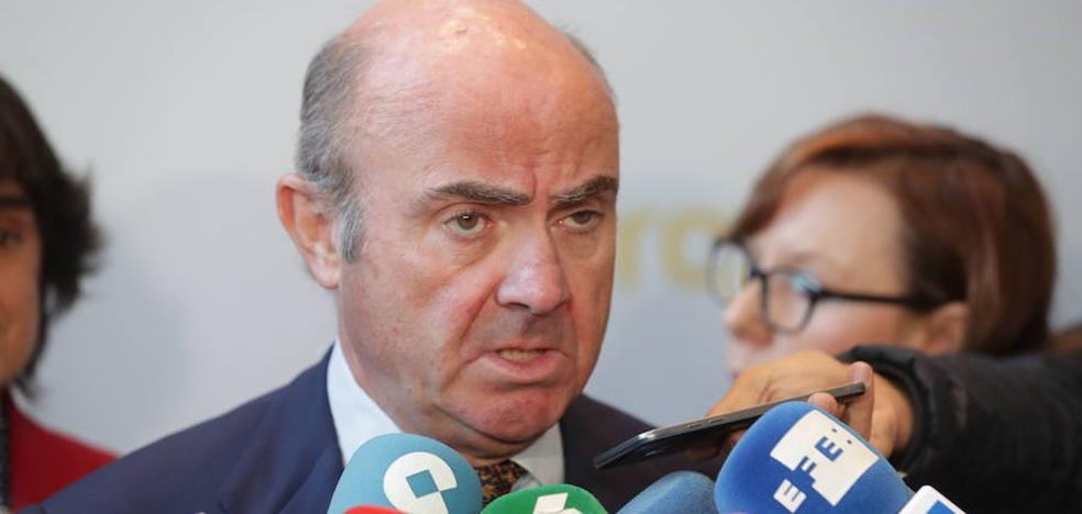 De Guindos asegura que las empresas «no tienen nada que temer» en Cataluña