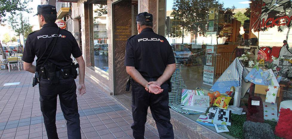 Pillan 'in fraganti' a dos cacos cuando iban a robar en una vivienda de Segovia