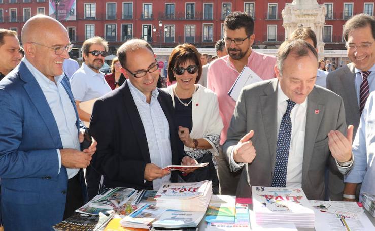 La Universidad de Valladolid muestra su oferta educativa en la Plaza Mayor