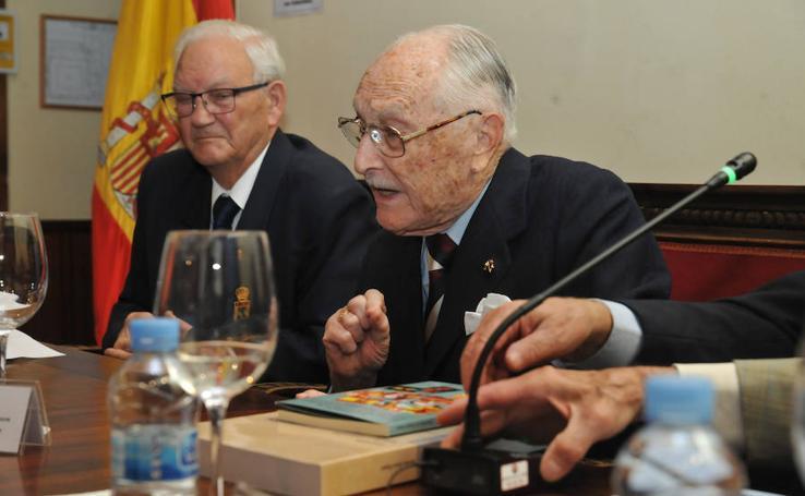 José María de Campos Setién presenta su último libro 'La División 50 en la batalla de Gandesa'