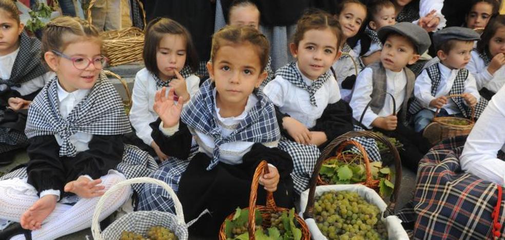 Rueda celebra la Fiesta de la Vendimia a pesar de la falta de materia prima