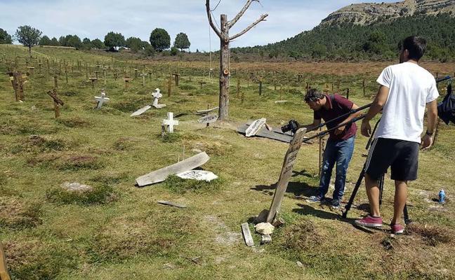 Piden que el cementerio de 'El bueno, el feo y el malo' se declare Bien de Interés Cultural