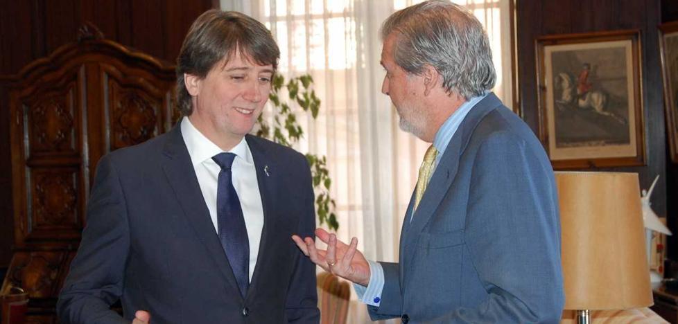 Méndez de Vigo preside el Pleno de Constitución del Pleno de la Comisión Nacional para la 'Numancia 2017'