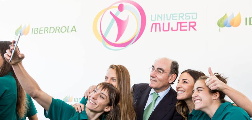 Iberdrola renueva su apoyo al programa de impulso al deporte femenino Universo Mujer
