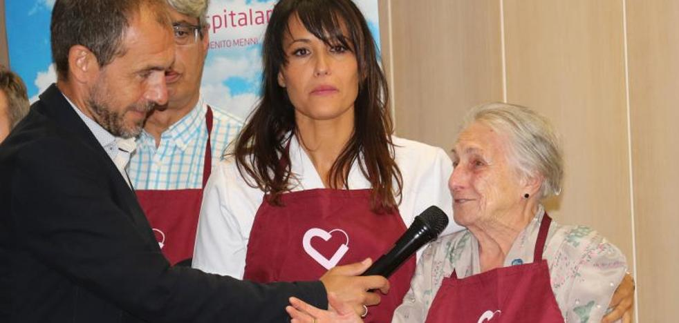 El Centro Hospitalario Benito Menni premia la solidaridad de la hostelería vallisoletana