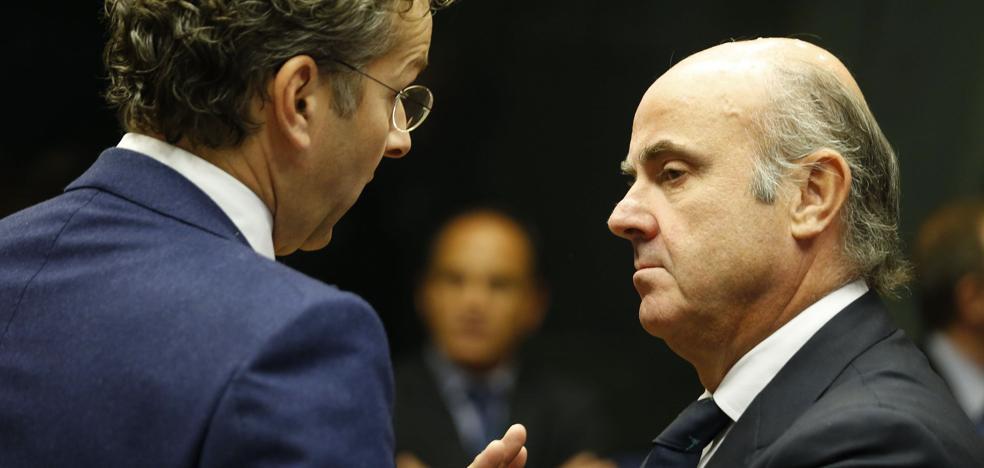 De Guindos dibuja una economía de guerra para una Cataluña independiente