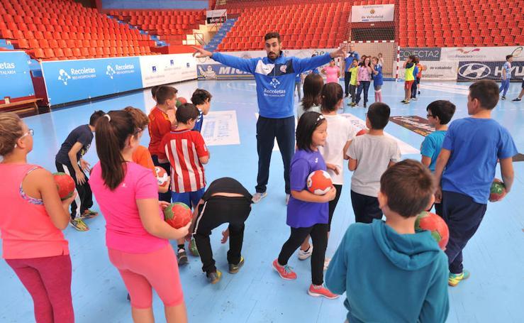 El Atlético Valladolid pone en marcha su actividad 'Siéntete un gladiador azul'