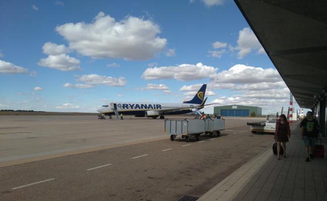 El aeropuerto de Villanubla pierde 1.942 pasajeros en septiembre