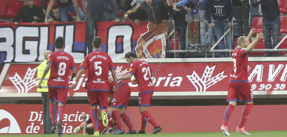 El Numancia vence al Barça B y firma su pleno de victorias en casa