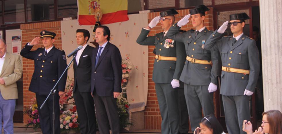 Arévalo arropa a la Guardia Civil en la Fiesta del Día del Pilar
