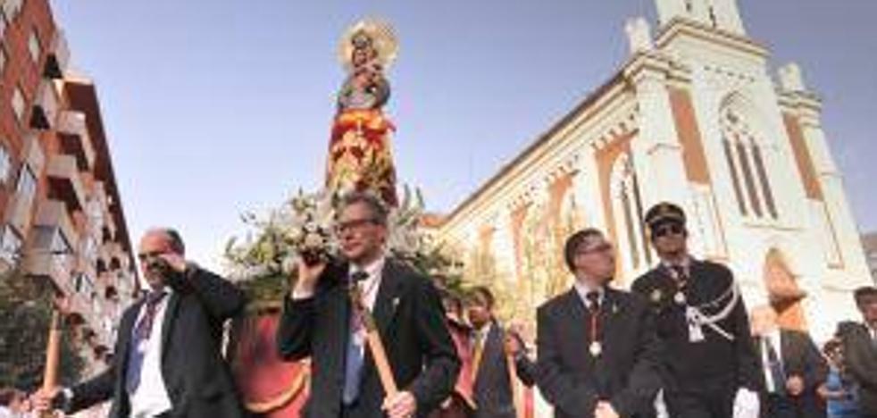 El barrio de Pilarica festeja a su patrona mirando los proyectos urbanístico que restan por hacer
