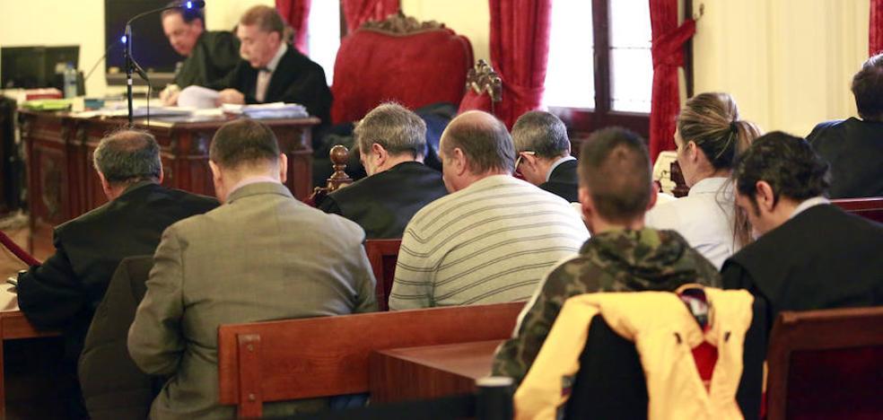 Las defensas de la viuda de Larralde y Froilán ven «justa» la absolución y confían que sea ratificada en el Supremo