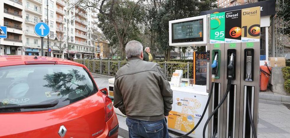 El precio del gasóleo se sitúa en máximos desde principios de mayo