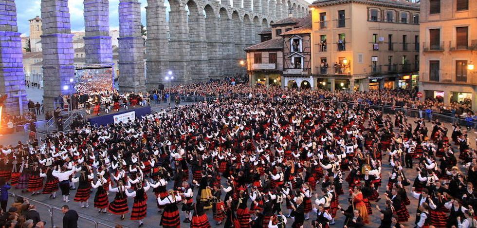 Segovia celebrará con una fiesta popular el récord Guinnes de la jota multitudinaria