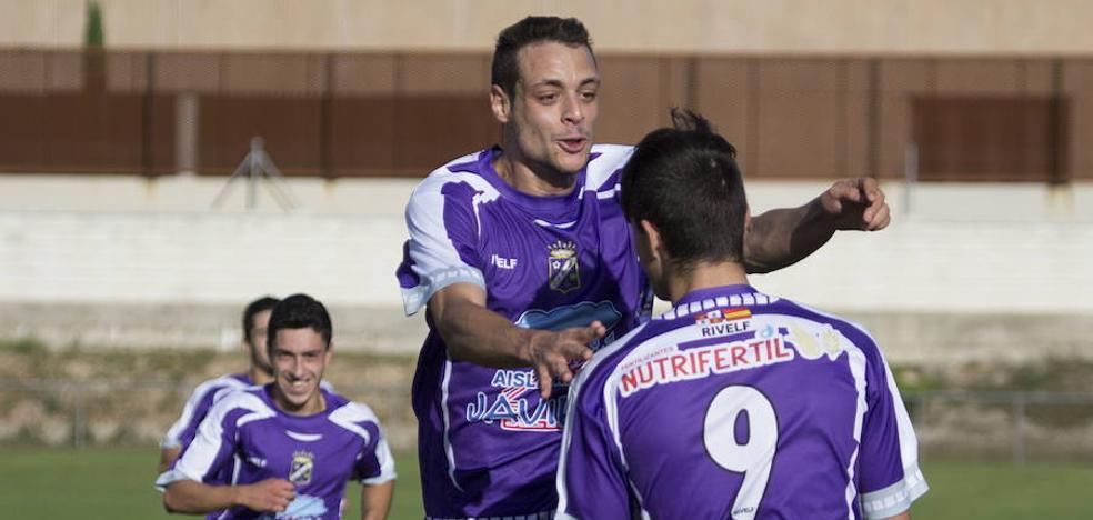 El fútbol sonríe al Becerril