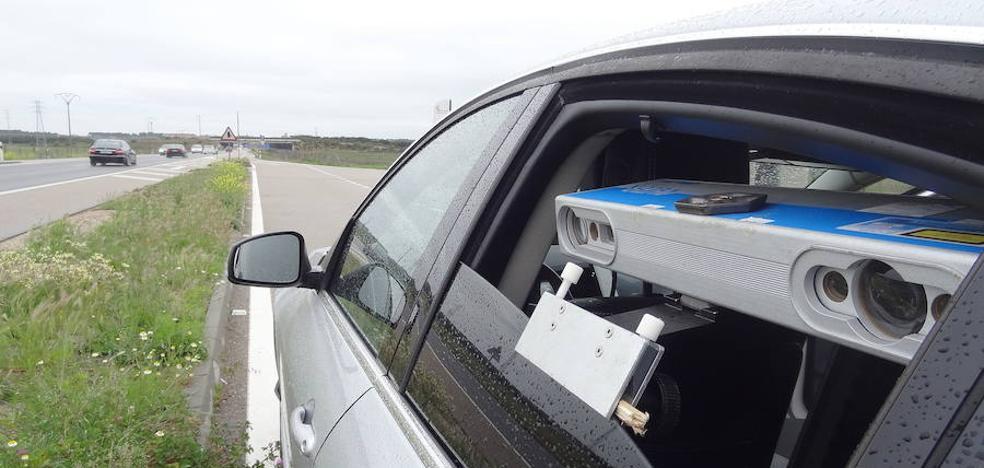 La Policía Local de Burgos contará en 2018 con un nuevo radar móvil