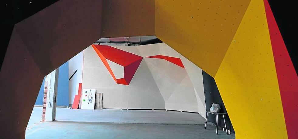 La llegada de tres nuevas empresas impulsan el polígono de Argales
